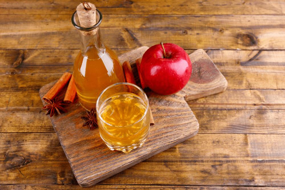 طرز تهیه شربت عسل با سرکه سیب